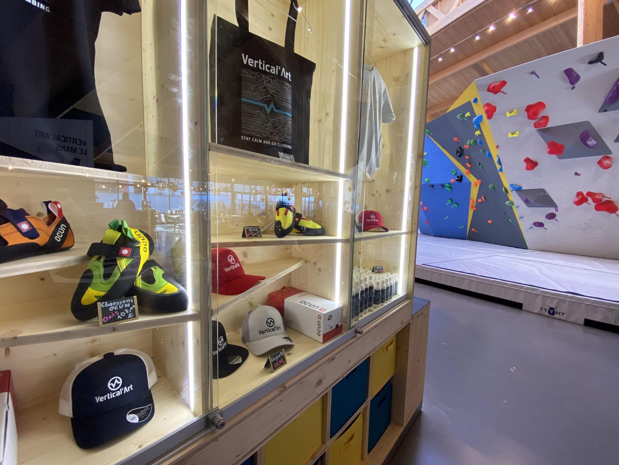 Salle d'escalade, Vertical'Art Le Mans, escalade en Sarthe, salle de bloc, shop escalade